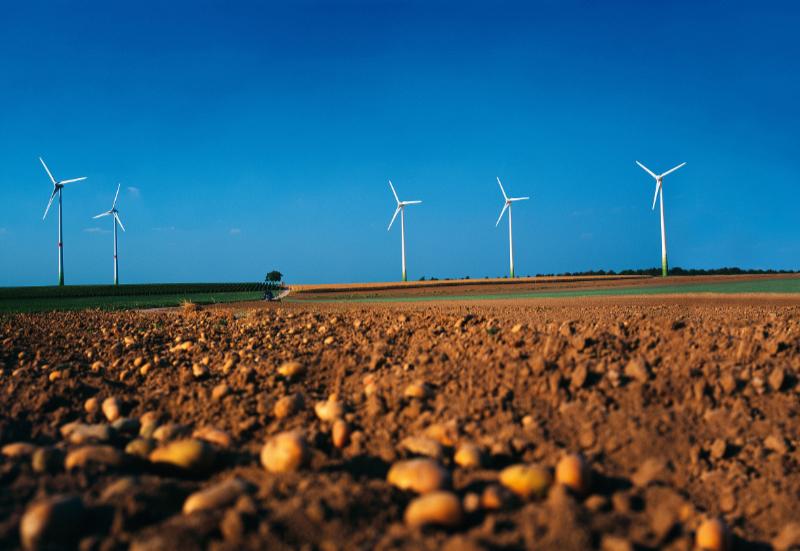 Windanlagenbauer